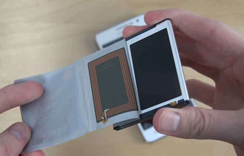 smartphone batteries covertly sending your data